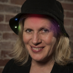 Leslie Birch: Close Encounters Hat