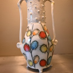 Jerry Bennett: White Thistle Flower Vase