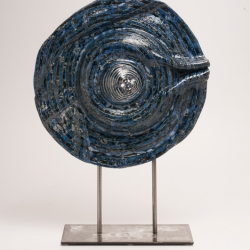 Diane Marimow: Standing Mollusk (front view)
