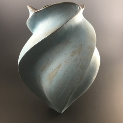 Peter Cunicelli: Wider Blue Vase